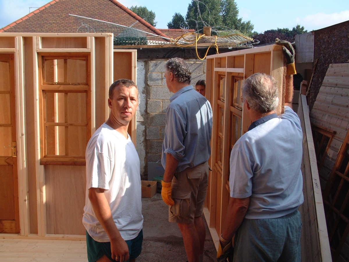 Building the shed office around the back